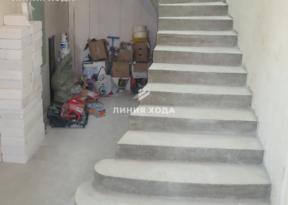 Бетонная лестница на второй этаж ООО ЛИНИЯ ХОДА Проект 038_02
